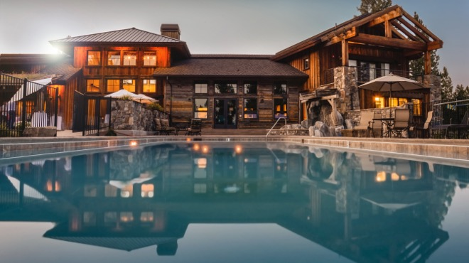 selling homes with luxury videos